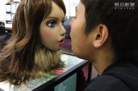 Video: Crean robots que te avisa si huele mal tu boca o tus pies