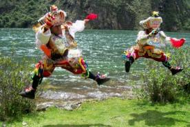 Video de danzas del Perú: La famosa Danza de las Tijeras - Fiestas Patriasa