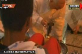 Jueves Santo: Papa Francisco lavó los pies de discapacitados (Video)