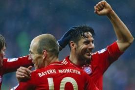 Bundesliga: Homenaje a Claudio Pizarro por anotarle a todos sus clubes - VIDEO