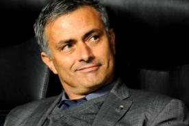Chelsea vs Atlético de Madrid: José Mourinho y el gesto de afecto con niños - VIDEO