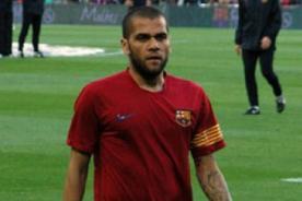 Dani Alves se aleja del Barcelona para migrar a la Liga Francesa