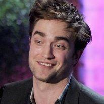 Robert Pattinson suelta malas palabras en los MTV Movie Awards 2011