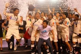 Universitario: Exigen a Pacheco devolver trofeo de Libertadores sub 20
