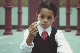 Con un pedazo de tiza: Niño víctima de bullying conmueve en redes sociales
