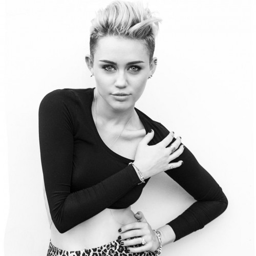 ¿Miley Cyrus le hace competencia a Kim Kardashian?