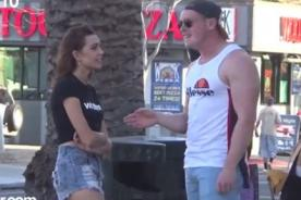 Así reaccionan los hombres cuando una mujer le ofrece sexo - VIDEO