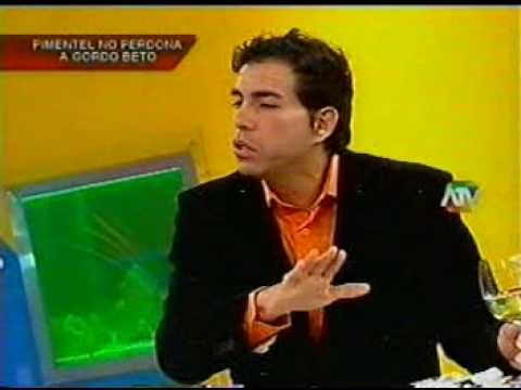Carlos Álvarez: No ofendimos el honor de Dorita Orbegozo