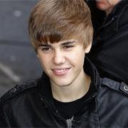 Video: Mira a Justin Bieber rapeando para una entrevista radial