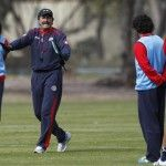 Técnico de Costa Rica prohibe a sus jugadores pedir autógrafos a Lionel Messi