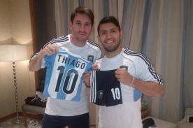 Sergio Agüero cumplió la promesa que le hizo a Lionel y Thiago Messi