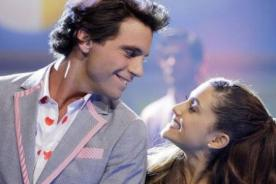 Ariana Grande cantó en vivo 'Popular song' junto a Mika - Video