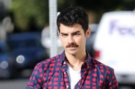 Joe Jonas sorprende con nuevo look