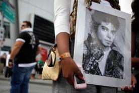Cinco fans de Michael Jackson reciben indemnización por su muerte
