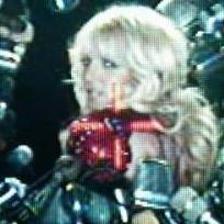Britney Spears revela foto de su nuevo video Hold It Againts Me