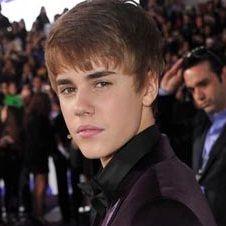 Justin Bieber encendió luces navideñas en Londres
