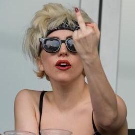 Lady Gaga: Cierran canal oficial de Youtube por infringir normas