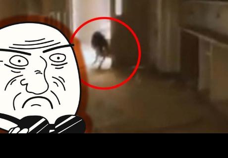 Graban a una aterradora 'bruja' en una escuela abandonada