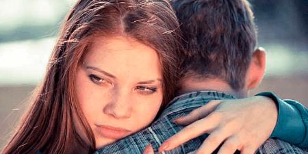 Actitudes que indican que tu novio es extremadamente celoso