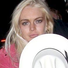 Lindsay Lohan trató de mantener perfil bajo en festival Coachella