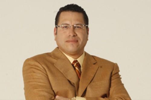 Phillip Butters salió en defensa del hijo de Celine Aguirre