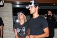 Taylor Lautner y coestelar de Selena Gomez tuvieron salida nocturna