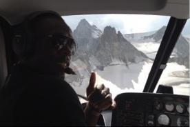 Usain Bolt sobrevoló Los Alpes Suizos