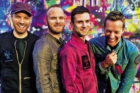 Chris Martin propone que se subaste una cita con el bajista de Coldplay
