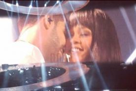 Rihanna y Drake se mostraron cariñosos en concierto- VIDEO