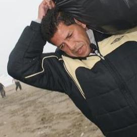 Puma Carranza venderá comida para ayudar a una familia necesitada