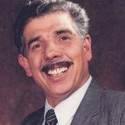 El Profesor Jirafales anima a colaborar con la Teletón de Perú a través de Facebook