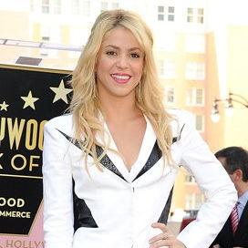 ¡Felicidades, Shakira! Cantante obtiene su Estrella en el Paseo de la Fama de Hollywood