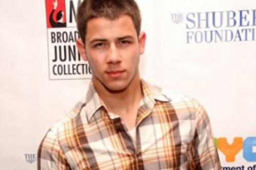 Nick Jonas confirma que podría ser el próximo juez de American Idol