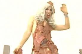 Video: Richard Torres usa vestido de carne imitando a Lady Gaga