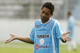Video: Jugador brasileño se pierde un gol increíble