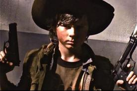 Carl es atacado por zombies en nuevo teaser de The Walking Dead - VIDEO