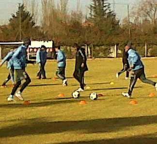 Uruguay vs Bolivia: El cuadro charrúa inicia trabajos pensando en su debut