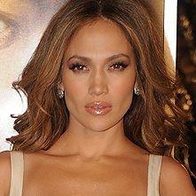 Jennifer Lopez podría protagonizar dos películas