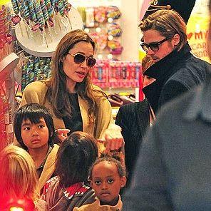 Angelina Jolie y Brad Pitt hicieron las compras navideñas en familia
