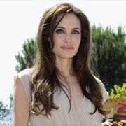 Angelina Jolie cuenta sobre su debut como directora con el filme 'In the Land of Blood and Honey'