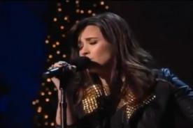 Demi Lovato canta villancico de Mariah Carey por las Felices Fiestas - Video