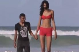 Brasil: Adolescente que mide más de 2 metros encontró el amor - Video