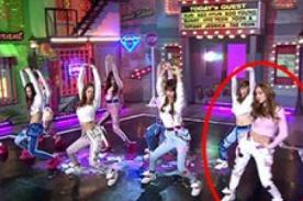 Jessica de Girls Generation se equivocó en su baile durante el Music Core