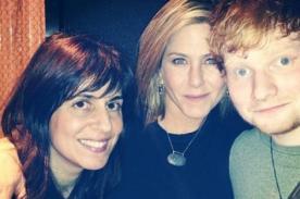 Ed Sheeran confiesa que se embriagó en casa de Jennifer Aniston