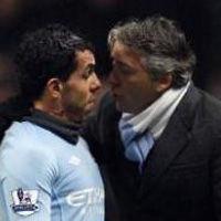 Carlos Tévez llevaría al tribunal a Mancini