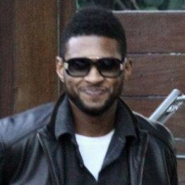 Usher obsequia su Grammy a un amigo como regalo de cumpleaños
