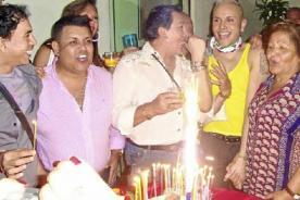 Carlos Cacho en su cumpleaños: Gracias totales