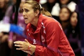 Video: Así alentó Natalia Málaga en Perú vs Colombia - Sudamericano de voley