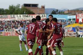 Universitario: Este es el once titular que enfrentará a San Martín