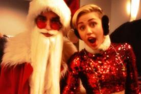 Miley Cyrus vistió atrevido atuendo navideño para el KIIS Jingle Ball - VIDEO